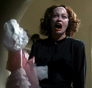 Fay Dunaway as Joan Crawford in Mommie Dearest